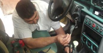 Стефан Тенев от Стара Загора прави автомобили за хора с увреждания