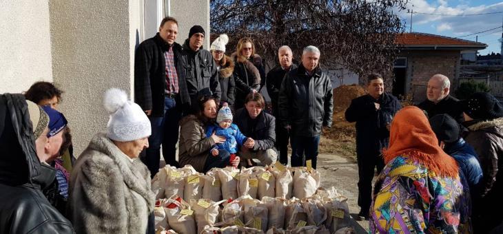 Граждански клуб ЛИПА, Стара Загора с дарение за Коледа.