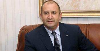 Президентът подписа указа за назначаването на Гешев