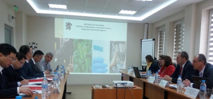 България отчита напредък по две процедури за износ на слънчогледов шрот и на сух зърнен спиртоварен остатък (DDGS) за Китай
