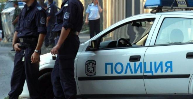 Мъж нападна курсанти от Националния военен университет