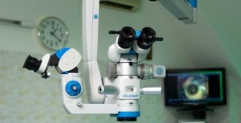 Офталмологът: Очите също са вход за COVID-19