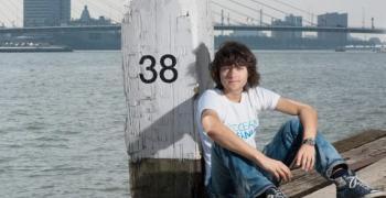 Кой е пазителят на океаните Боян Слат и защо не говорим за него, а за Грета Тунберг?