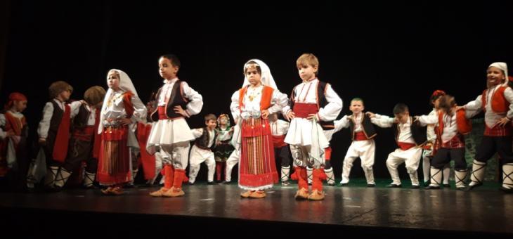 Старозагорски деца помагат на болно момиченце