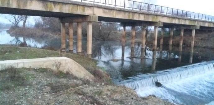 Фирмата, която почиства коритото на Тунджа, прекратява дейността си