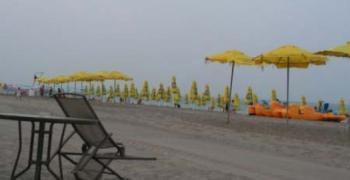 88 евро за квадратен метър на първа линия край морето в Равда
