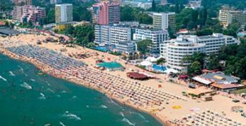 Хотелите по Черноморието свалят цените през септември