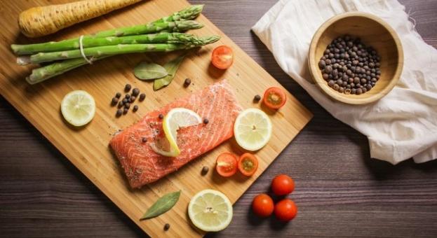Мазните риби помагат за облекчаване на артрит