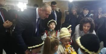 Президентът: България трябва да съхрани работните места на миньорите