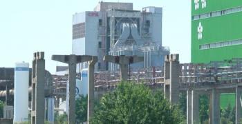 Най-големият завод за производство на целулоза у нас спира дейността си