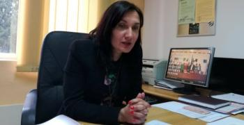 Надежда Чакърова: Хората предпочитат личния контакт