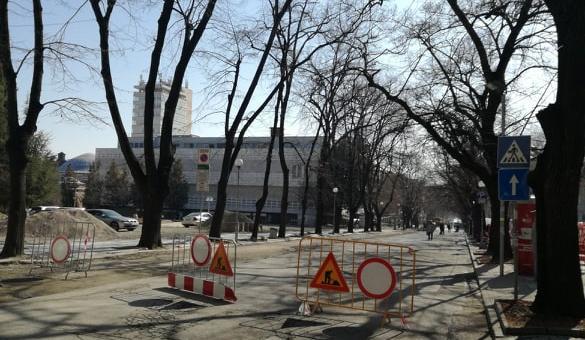 """Утре отварят за движение участък от бул. """"Руски"""""""