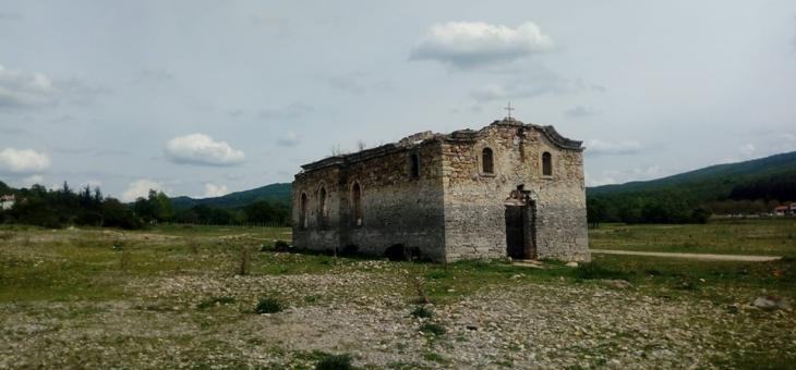 Старозагорският митрополит ще служи в Потопената църква