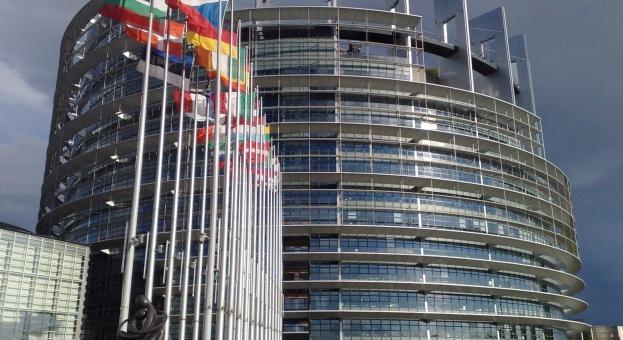 """Европейският парламент отлага за 1 април гласуването по пакет """"Мобилност"""""""
