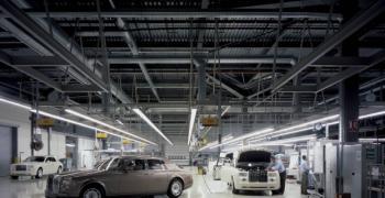 Срив на приходите на Rolls-Royce с 26% през първото полугодие
