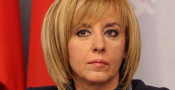 Мая Манолова заплаши със съд, ако бъдат приети новите по-високи цени на парното