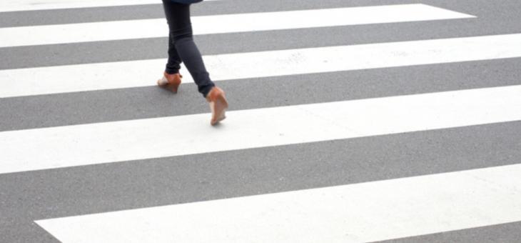 Пешеходка се бори за живота си след инцидент в Гурково