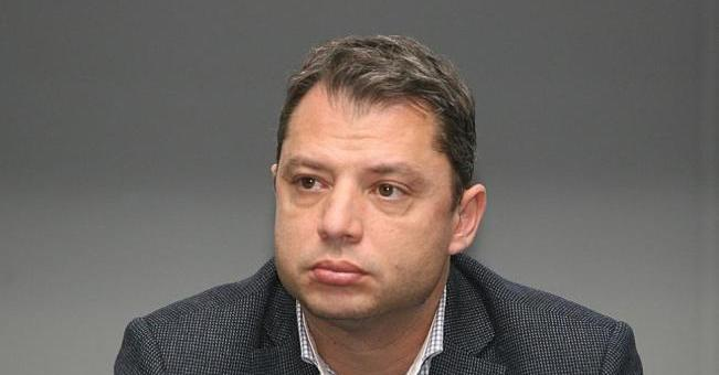 И Делян Добрев подава оставка