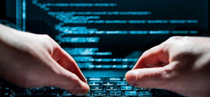 Сайтовете на летищата в Бургас и Варна атакувани от хакери