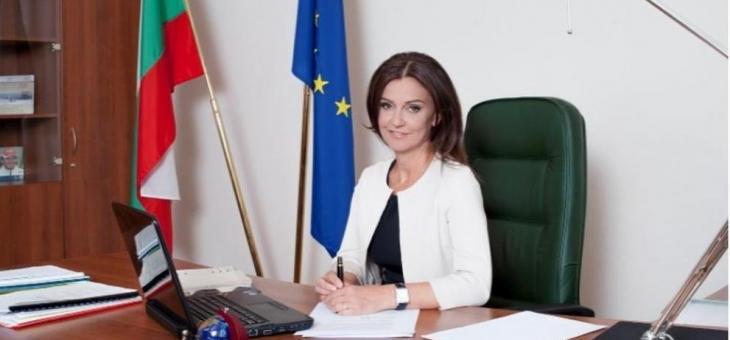 И заместник-министър хвърли оставка