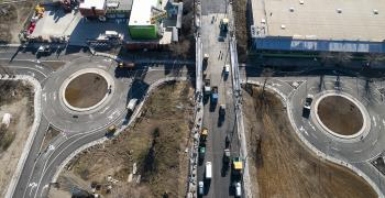 "В неделя пускат движението по моста към ""Кольо Ганчев"""