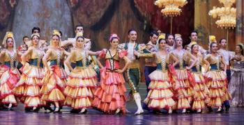 """""""Новогодишна наздравица"""" в Операта на 31 декември"""