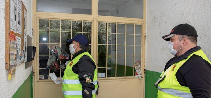 В Стара Загора доставят храни и лекарства на възрастни хора по домовете