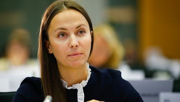 Ева Майдел, ГЕРБ/ЕНП: 80% от младежите у нас се реализират успешно на пазара на труда през 2019 г.