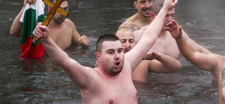 27-годишният Калоян Лазов извади кръста в Стара Загора