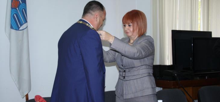 Иса Бесоолу положи клетва като кмет на Павел баня