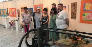 """Творци рисуват знакови места в Стара Загора за пленер """"Дружба 2018"""""""
