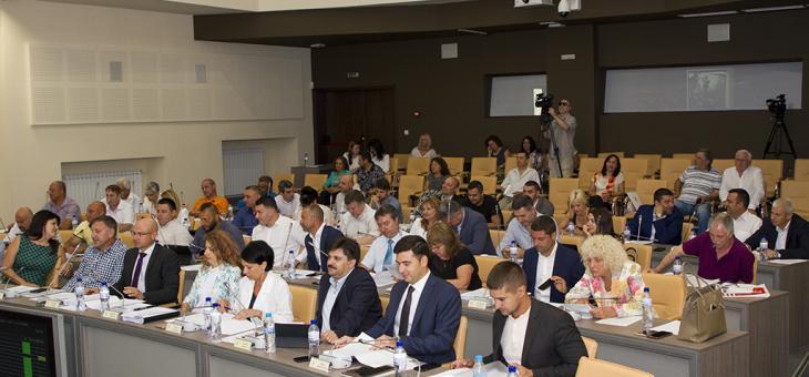 """Временна комисия решава казуса със строежа в """"Казански"""""""