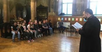 Ученици участваха в среща-дискусия за християнските ценности