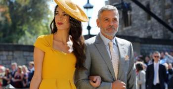 Богата актриса на собствената си английска сватба и звездите