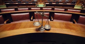 Търсят се съдебни заседатели