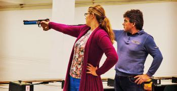 Мария Гроздева идва на Държавното първенство по спортна стрелба с малокалибрен пистолет