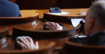 Парламентът гласува 2,1 млрд. лева за F-16