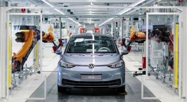 Volkswagen изтегля над 150 000 автомобила в САЩ заради проблем с въздушните възглавници