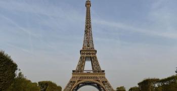 Eвакуираха Айфеловата кула заради бомба