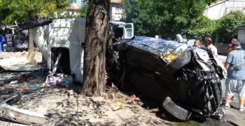 ТИР помете 7 коли в Айтос, загина жена