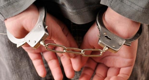 Оставиха в ареста 43-годишен, след като откриха в колата му кокаин