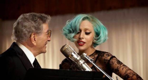 Лейди Гага се раздели с годеника си Крисчън Карино