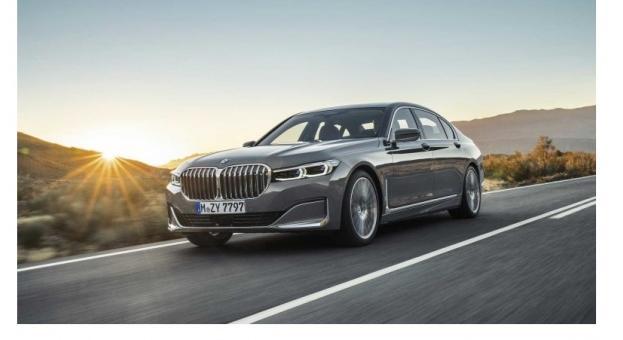 BMW изпревари Mercedes в САЩ за първи път от четири години