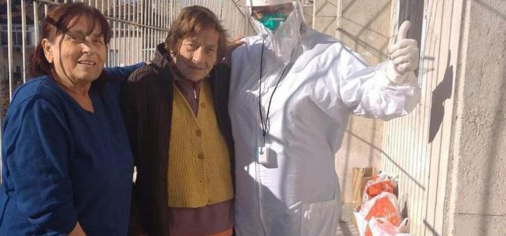 96-годишна жена пребори COVID-19 навръх рождения си ден