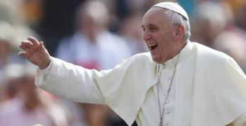 Започва визитата на папа Франциск в България