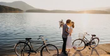 6 юли -  Световен ден на целувката