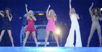 Момичетата от Spice Girls искат да направят турне с Виктория Бекъм