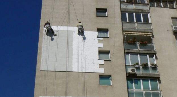 703 978 жилищни сгради имат нужда от саниране