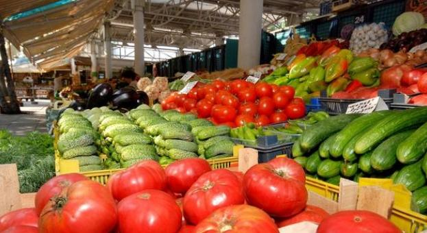 Близо 89% от зеленчуците и плодовете, които ядем, са вносни