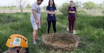 Доброволци от Тракийски университет в помощ на дивите ловни соколи